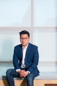 นายยอด ชินสุภัคกุล ประธานเจ้าหน้าที่บริหารและผู้ร่วมก่อตั้ง บริษัท วงใน มีเดีย จำกัด