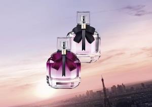 """เจิดจ้าด้วยสีชมพูดอกฟิวเชีย และกลิ่นหอมชวนเคลิ้ม ของ """"YSL Mon Paris Eau de Parfum Intense"""""""