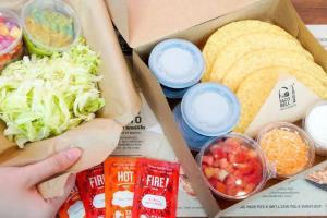 """""""ทาโก้ เบลล์"""" ทำเก๋ เปิดตัวชุด  D.I.Y Taco Kit ครั้งแรกในไทย"""