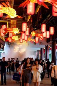 กินเที่ยวให้หนำใจ สวนอวี้หยวนเซี่ยงไฮ้พลิกโฉมใหม่กระตุ้นท่องเที่ยว