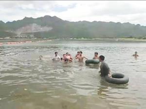 สลด!! เด็กหญิงวัย 7 ขวบ จบน้ำที่หาดทรายท่าล้อ ขณะมาท่องเที่ยวกับญาติ