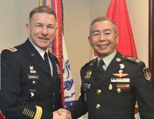 พล.อ.เจมส์ แมคคอลวิลล์ ผบ.ทบ.สหรัฐฯ และคณะ จะเดินทางมาเยือนประเทศไทยระหว่างวันที่ 9-10 ก.ค.นี้ และ พล.อ.อภิรัชต์ คงสมพงษ์ ผู้บัญชาการทหารบก