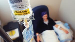 """สธ.นำร่อง รพ.7 แห่ง ให้ยา """"คีโม"""" ที่บ้านในผู้ป่วยมะเร็งลำไส้ใหญ่ ช่วยประหยัดเตียง รับยาตรงเวลา ลดค่าใช้จ่าย จ่อขยายเพิ่มปีหน้า"""