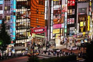 ญี่ปุ่นไม่หวั่นโควิด เดินหน้าเปิดเมืองแม้ผู้ติดเชื้อรอบใหม่ทุบสถิติสูงสุด