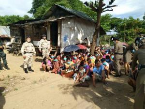 จับได้ทั้งพม่า-จีน ลอบข้ามน้ำเมยเข้าแม่สอด เผยขบวนการรีด 15,000 พายเรือรับ-นำขึ้นรถส่งพื้นที่ชั้นใน