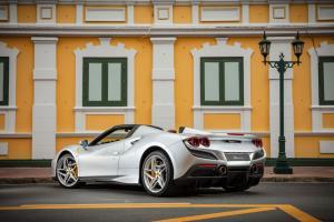 เฟอร์รารี่ เผยโฉม F8 Spider  เปิดประทุนตัวแรง ราคาเริ่ม 26,350,000 บาท