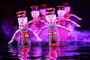 โควิดทำโรงละครหุ่นกระบอกน้ำเวียดนามเหงา ปรับแผนขึ้นบกออกโชว์น้องๆหนูๆ หารายได้