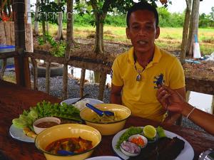 """ดาบตำรวจใช้เวลาว่างเปิดร้านอาหาร """"สวนศรีหมอก"""" ในเมนูอาหารพื้นบ้านแบบพัทลุง"""