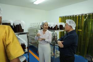 กรมการข้าว พาสื่อ ชมนาแปลงใหญ่ผลิตข้าวอินทรีย์ จ. กำแพงเพชร-นครสวรรค์ ต่อยอดผลิตภัณฑ์จากข้าว