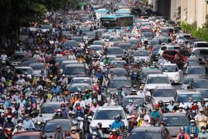 นครโฮจิมินห์สุดทนปัญหารถติด ไฟเขียวเก็บเงินค่าขับรถเข้าเมืองเริ่มปี 64