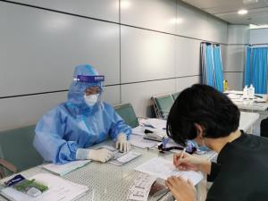 จีนพักบินสองเที่ยวบิน พบผู้ติดเชื้อโควิด-19 ต้นทาง มะนิลา และจาการ์ตา แวะจอดไทยก่อนเข้าจีน
