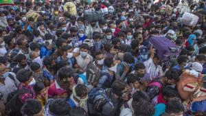 """""""หมอธีระ"""" ย้ำรัฐการ์ดอย่าตก อินเดียติดเชื้อทะลุ 1 ล้านราย ญี่ปุ่นยังน่าเป็นห่วง วอนเลิกนโยบายที่ใช้กิเลสนำทาง"""