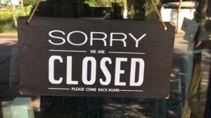 """ร้านกาแฟ """"ฌอน"""" ที่เชียงใหม่ปิดเงียบจากโควิดตั้งแต่ มี.ค.-เพจดังแฉ..ส่อลอยแพ พนง."""