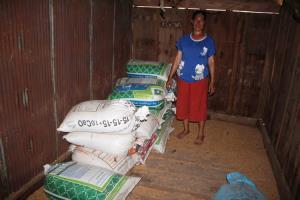 ชาวนาอีสานจี้หน่วยงานเกี่ยวข้องสกัดลอบนำเข้าข้าวจากเพื่อนบ้านตีตลาดข้าวไทย