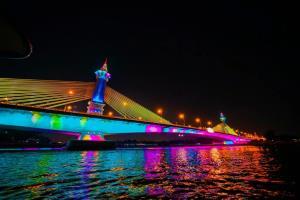 ตระการตา 13 สะพานข้ามเจ้าพระยาประดับไฟ เฉลิมพระเกียรติ ร.๑๐
