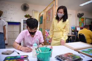 สสส.-พม.-มูลนิธิออทิสติกไทย  เปิดบ้านส่งเสริมทักษะชีวิตบุคคลออทิสติกและเด็กพิเศษ และมอบสื่อการเรียนรู้สำหรับบุคคลออทิสติก