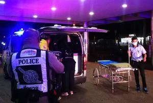 โจ๋ซัดกันนัว! ทั้งมีด-ขวดกลางร้านเหล้าบุรีรัมย์เจ็บ 3 ราย ตำรวจจัดกำลังเฝ้าหน้า รพ.หวั่นก่อเหตุซ้ำ