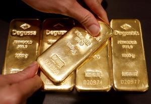 น้ำมันลง-หุ้นสหรัฐฯ ปิดลบ ทองขึ้นอีก $13 ทำนิวไฮต่อเนื่อง กังวลความเชื่อมั่นผู้บริโภคอเมริกา