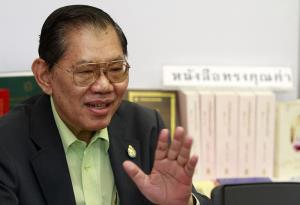 """""""วิชา"""" รับกดดันสอบคดี """"บอส"""" แต่เชื่อหาข้อเท็จจริงได้ กู้ความเชื่อมั่นยุติธรรมไทย"""