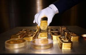 น้ำมันบวก หุ้นสหรัฐฯขึ้น, ทองคำเดินหน้าทุบสถิติสูงสุดจากคำแถลงของเฟด