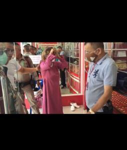 อุกอาจสาวแต่งมุสลิมควงปืน 9 มม.ปล้นร้านทองดัง ตร.รวบทันควันพร้อมทอง 3 บาท