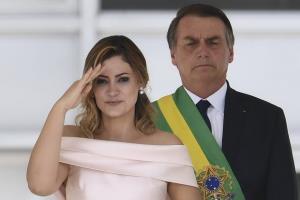 ไม่รอดเช่นกัน! เมียประธานาธิบดีบราซิลเป็นรายล่าสุดติดเชื้อโควิด-19