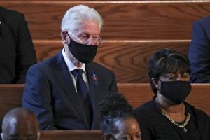 """In Clip: """"โอบามา"""" ใช้งานพิธีศพส.ส ผู้นำเรียกร้องสิทธิคนผิวดำ ผลักดัน""""สิทธิการโหวต"""" ชี้ถ้าไม่ใช่ """"จอห์น ลูอิส"""" จะไม่มีปธน.ผิวสีในวันนี้"""