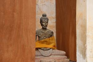 กรมศิลป์บูรณะพระปรางค์และโบสถ์เก่าเมืองราชบุรี อายุหลายร้อยปี