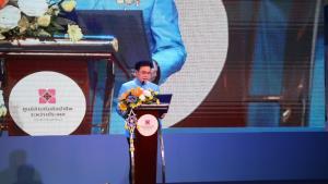 """พาณิชย์ช่วยขับเคลื่อนเศรษฐกิจฐานราก ผ่านงาน """"ศิลปาชีพทอใจ วิถีใหม่ใต้ร่มพระบารมี"""" SACICT พร้อมเต็มที่ จัดใหญ่ จัดเต็ม พบกับงานศิลปาชีพและหัตถกรรมไทยกว่า 400 ร้าน"""