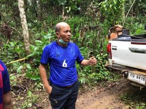 ระทึก!! กลางป่าทุ่งใหญ่ฯ ฝนตกถนนลื่น รถแพทย์สาธารณสุขพลิกคว่ำกลางป่า