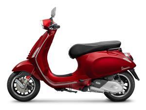 """เวสป้า เผยโฉมเฉดสีใหม่ """"สีแดงเข้มเมทัลลิก RED SCARLATTO""""  ราคา 132,400 บาท"""
