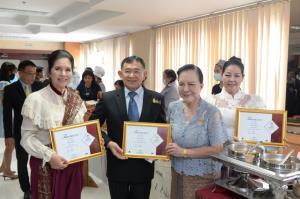 """พาณิชย์ฯ มอบตรา """"Thai SELECT"""" 207 ร้านอาหารไทย"""