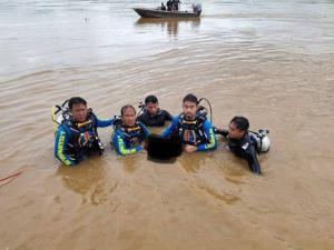 สุดสลด! 2 เด็กหญิงชาวเชียงของเล่นน้ำโขงหลังเลิกเรียน ถูกน้ำพัดจมหายข้ามวันต่อหน้าต่อตาเพื่อน