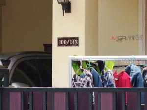 สลด! พบศพ 3 แม่ลูกในห้องนอนบนทาวน์เฮาส์กลางเมืองตรัง คาดบุตรชายวัย 16 ก่อเหตุยิง