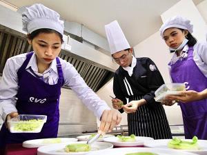 วิทยาลัยอาชีวศึกษาสงขลา เดินหน้ายกระดับสถานศึกษาขับเคลื่อนอาหารพื้นถิ่นสงขลา สู่มรดกภูมิปัญญาทางวัฒนธรรม