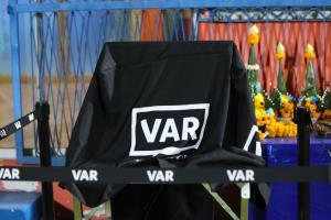 """""""ไทยลีก"""" อาจเลือกใช้ VAR  แค่นัดสำคัญ"""