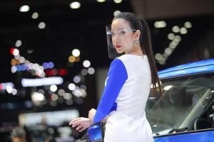 """สีสันงานโชว์รถที่ขาดไม่ได้ """"พริตตี้"""" งาน Big Motor Sale 2020"""