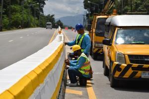 เลือกจันทบุรีนำร่องโครงการส่งเสริมการใช้ยางพาราเพิ่มความปลอดภัยทางถนน
