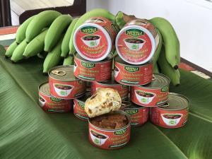 แปลกแต่อร่อย!! มัสมั่นไก่ใส่กล้วยหอมทองบรรจุกระป๋องส่งออกสู่ตลาดต่างประเทศ