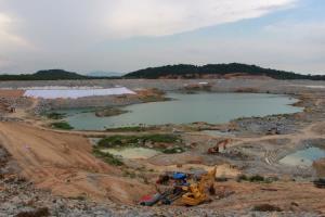มท.3 ลงพื้นที่โครงการพัฒนาสระเก็บน้ำดิบทับมา ผนึก อีสท์ วอเตอร์ แก้ปัญหาน้ำท่วมน้ำแล้งเมืองระยอง
