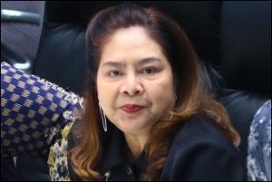 นางนาที รัชกิจประการ ส.ส.บัญชีรายชื่อ พรรคภูมิใจไทย