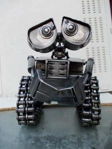 (ชมคลิป)จากเศษเหล็กเหลือทิ้ง  สร้างงานศิลปะหุ่นโมเดลในราคาหลักหมื่น หลักแสน