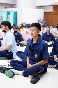 """""""พัชรินทร์"""" ร่วม กมธ.กิจการเด็กฯ นำร่องโครงการ """"ฝึกจิต สงบใจ ห่างไกลยาเสพติด"""""""