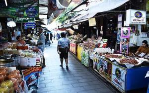"""ของดีที่ประเทศเรามี! ยูเนสโกยกย่อง """"ตลาด ๑๐๐ ปีสามชุก"""" ฟื้นฟูเมืองเก่าให้กลับมามีชีวิต!!"""