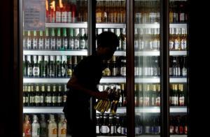 ห้ามแต่เหล้ามานาน..เวียดนามได้ฤกษ์ออกคำสั่งห้ามขายเบียร์เด็กอายุต่ำกว่า 18 ปี เริ่ม ต.ค.นี้