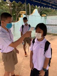 ร.ร.บ้านกุยแหย่ สั่งปิดเรียน 3 วัน หลังพบนักเรียน 3 คนใกล้ชิดต่างด้าวจากพม่า