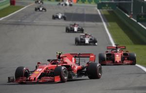 """ไร้แต้มไม่น่าอาย """"เฟอร์รารี"""" สุดมั่นทีม F1 ยังแข็งแกร่ง"""