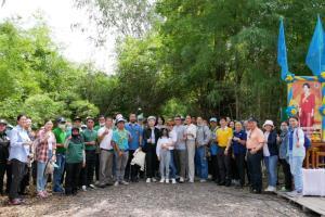 """ก.ล.ต. จับมือป่าชุมชน นำร่องโครงการ """"คุณดูแลป่า เราดูแลคุณ"""""""
