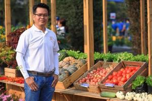 เกษตรกรยุคใหม่ ปลูกแตงกวาหอมเตย อะโรมาติก สร้างมูลค่าผลิตผลด้วยจุดขายที่แตกต่าง