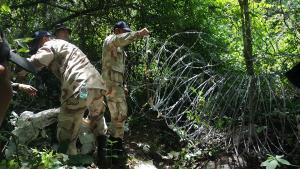 ประจวบฯ เร่งล้อมรั้วลวดหนามชายแดนไทย-พม่า ป้องกันแรงงานเถื่อนลักลอบข้ามแดน